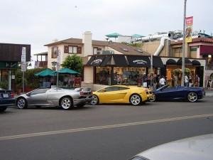 apts seattle: car