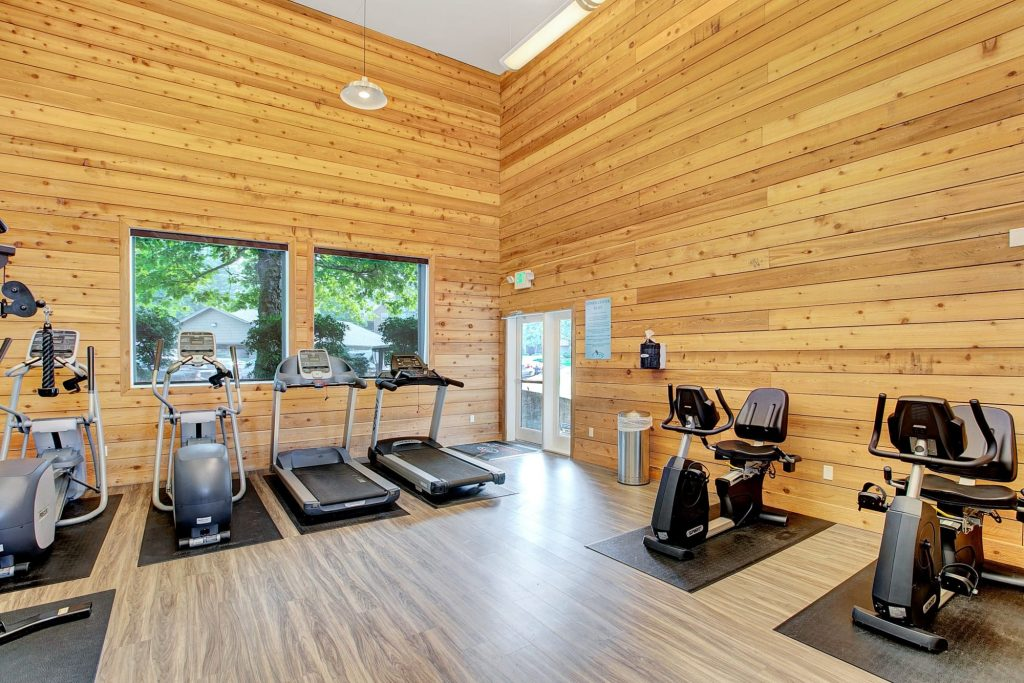 Modern Renovated fitness center At Waters Edge Apartments